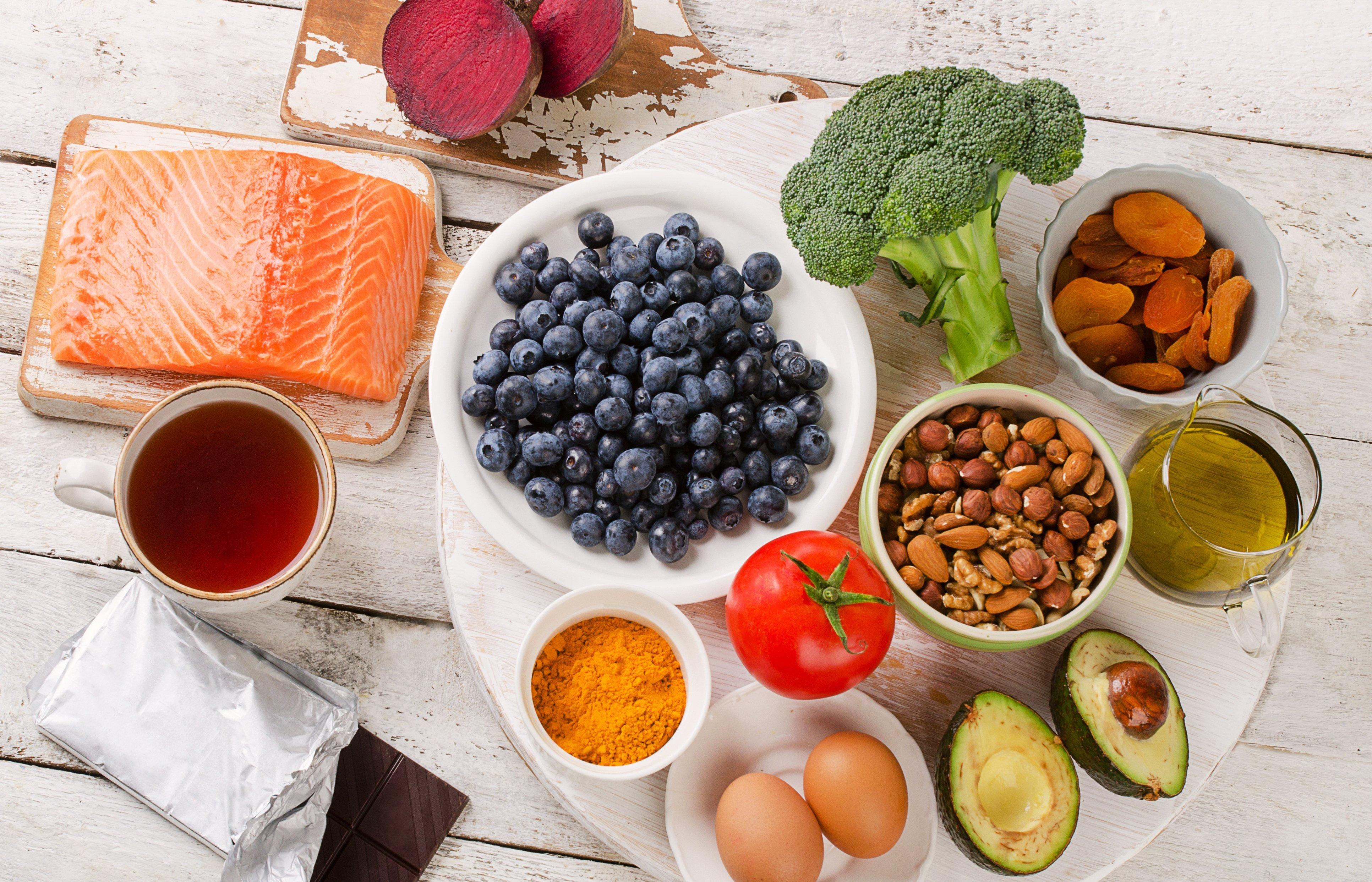 Näitä kolmea ravintoainetta aivosi rakastavat